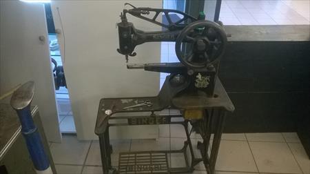 Machines à Coudre De Maroquinerie Cordonnerie Occasions Et