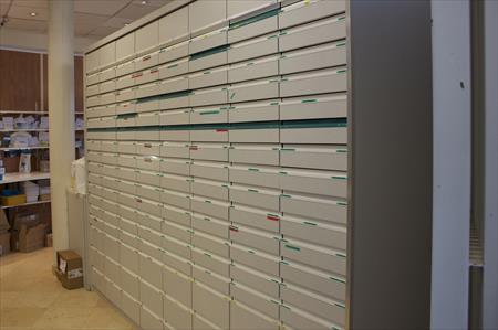 Colonnes 192 Tiroirs Pharmacie En France Belgique Pays Bas Luxembourg Suisse Espagne Italie