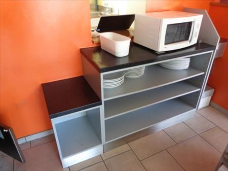 meuble de rangement rehauss d 39 un plan de travail 20 sart lierneux nord pas de calais. Black Bedroom Furniture Sets. Home Design Ideas