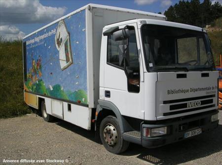 camion ptac 3 5 t standard iveco bibliobus 1650 75011 paris paris ile de france. Black Bedroom Furniture Sets. Home Design Ideas