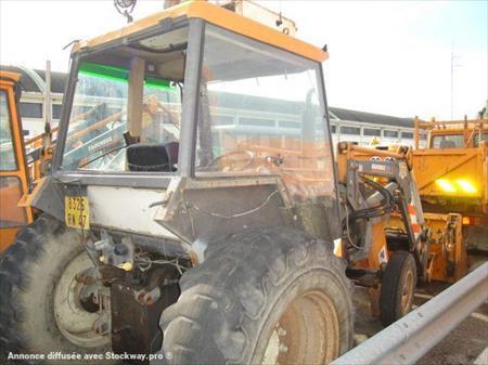 micro tracteur renault 750 mi tracto 2520 93100 montreuil seine saint denis ile de. Black Bedroom Furniture Sets. Home Design Ideas