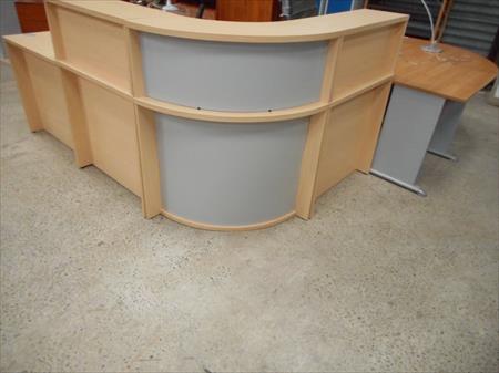 comptoir banque d 39 accueil 780 88300 neufchateau vosges lorraine annonces achat vente. Black Bedroom Furniture Sets. Home Design Ideas
