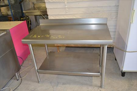 table inox 300 14540 bourguebus calvados basse normandie annonces achat vente. Black Bedroom Furniture Sets. Home Design Ideas