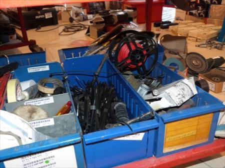 Outillage manuel de garage chariot grillag 50 for Materiel pour garage automobile occasion