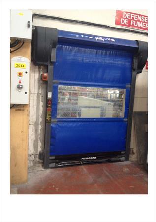 Porte souple semi automatique nergeco 200 21600 - Porte automatique poulailler occasion ...