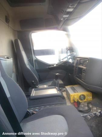 camion ptac 3 5 t b taill re renault midlum 12000 33524 bruges gironde aquitaine. Black Bedroom Furniture Sets. Home Design Ideas