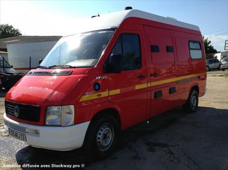 V hicule automoteur ambulance pour personne couch e for Garage saint victoret occasion