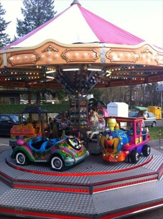 man ges enfants carrousels en france belgique pays bas luxembourg suisse espagne italie. Black Bedroom Furniture Sets. Home Design Ideas