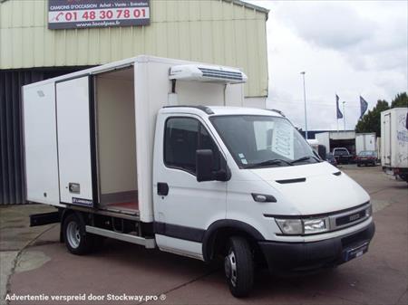 camionnette ptac 3 5 t fourgon temp rature dirig e frigo iveco daily 93000 bobigny. Black Bedroom Furniture Sets. Home Design Ideas