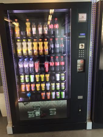 distributeurs automatiques de boissons fra ches en france. Black Bedroom Furniture Sets. Home Design Ideas
