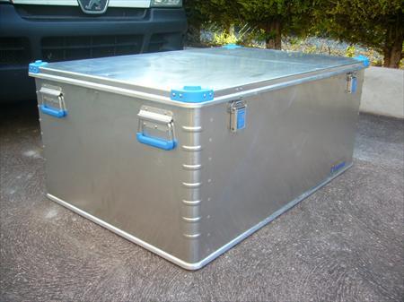 coffre de chantier zarges eurobox aluminium zarges comabi tubesca 380 18570 la. Black Bedroom Furniture Sets. Home Design Ideas