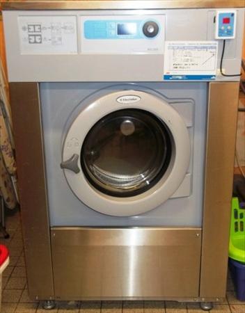 machines laver essoreuses pro en auvergne occasion ou. Black Bedroom Furniture Sets. Home Design Ideas