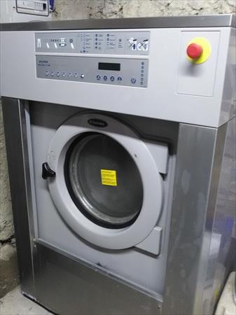 machine laver 18 kg electrolux electrolux 2000 24230 montcaret dordogne aquitaine. Black Bedroom Furniture Sets. Home Design Ideas