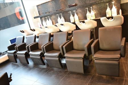 mobilier salon de coiffure toni guy coiffeur toni guy 18000 1000 bruxelles nord pas. Black Bedroom Furniture Sets. Home Design Ideas