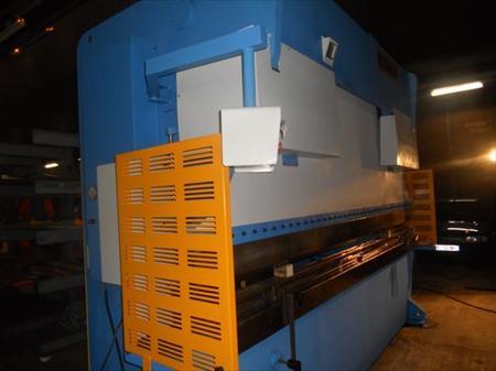 Presse plieuse haco 4m x 225t haco 59930 la chapelle for Garage la chapelle d armentieres