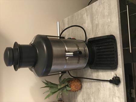 Centrifugeuses raffineuses de table pour coulis jus de fruit en france belgique pays bas - Robot coupe centrifugeuse ...