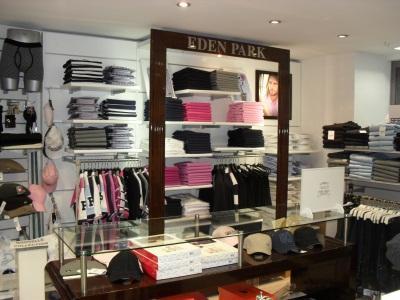 agencement magasin 2500 60500 chantilly oise picardie annonces achat vente mat riel. Black Bedroom Furniture Sets. Home Design Ideas