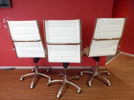 fauteuils et chaises de bureau en france belgique pays bas luxembourg suisse espagne. Black Bedroom Furniture Sets. Home Design Ideas